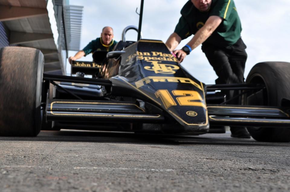 Spa Six Hours 2013: Paddock, pitlane en pitbox sfeer